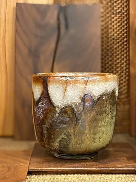 志野釉柴燒水杯-2.jpg