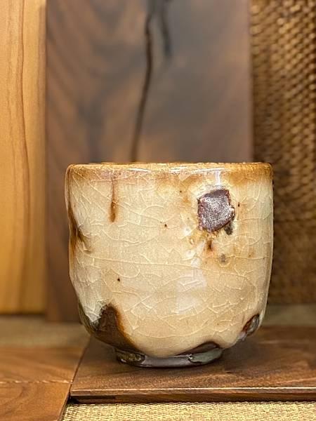 志野釉柴燒水杯-4.jpg