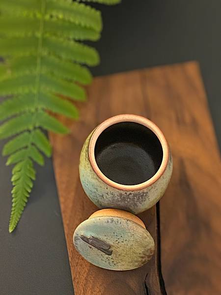 e27吳嘉倍茶罐-4.jpg