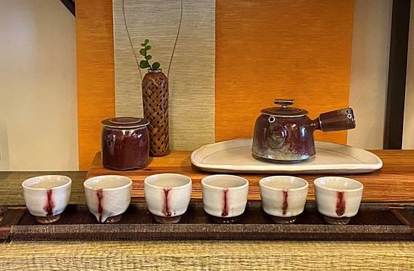 陳麗寬手作陶杯-1.jpg