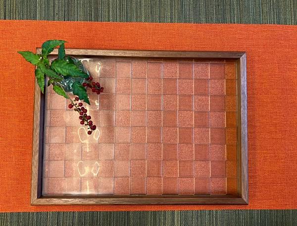 a方格紋老玻璃盤-1.jpg