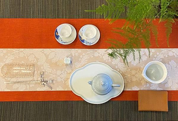 淡青花形瓷盤-5.jpg