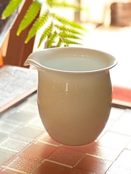 瓷白茶盅小-2.jpg