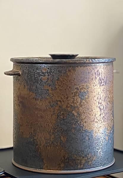 A72康嘉良墨金普洱茶罐-5.jpg