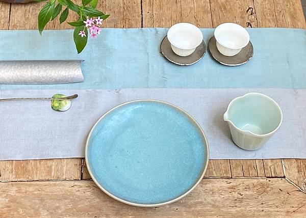 淺藍釉色壺承-2.jpg