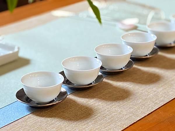 亮澤淺藍淺綠防水茶巾-4.jpg
