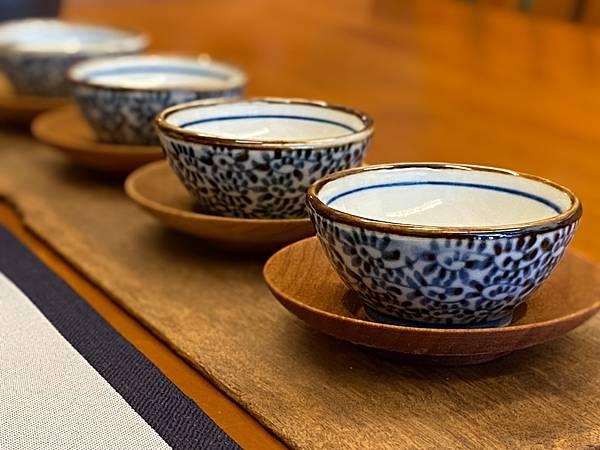 日本青花小杯-1.jpg