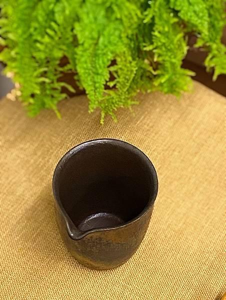 康嘉良墨金茶盅A10-3.jpg