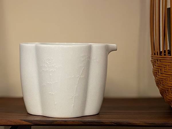 浮雕瓷茶盅-竹-。1.jpg