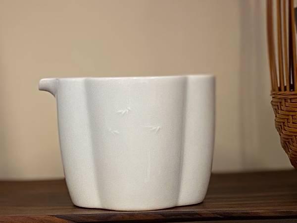 浮雕瓷茶盅-竹-4.jpg