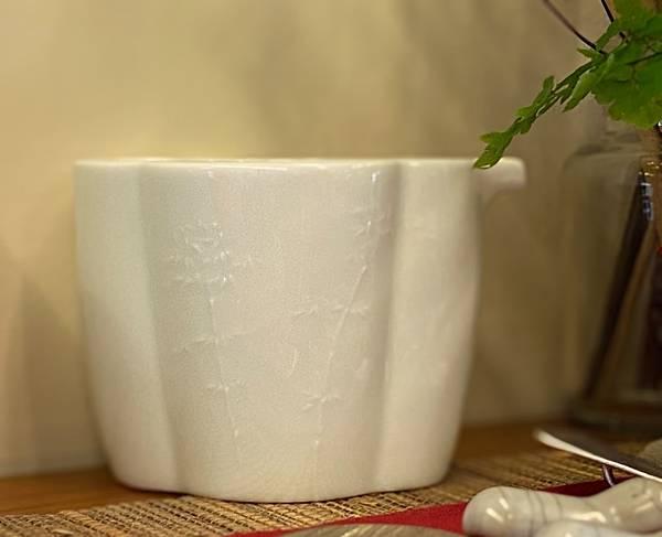 浮雕瓷茶盅-竹-1.jpg