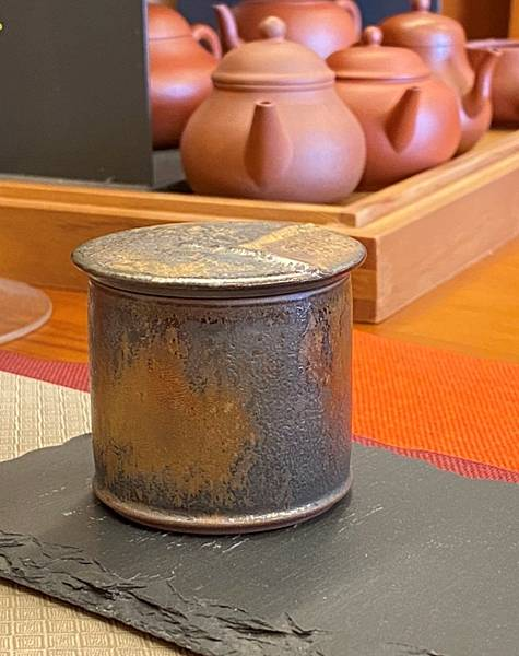A70康嘉良墨金小茶罐-5.jpg
