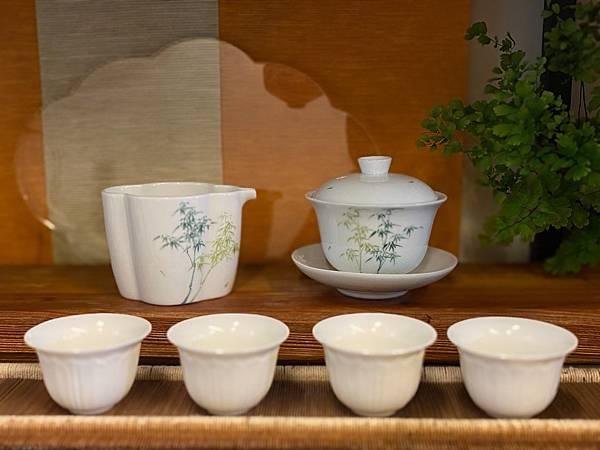 手繪竹紋茶盅-1。.jpg