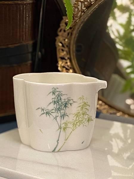 手繪竹紋茶盅-2.jpg