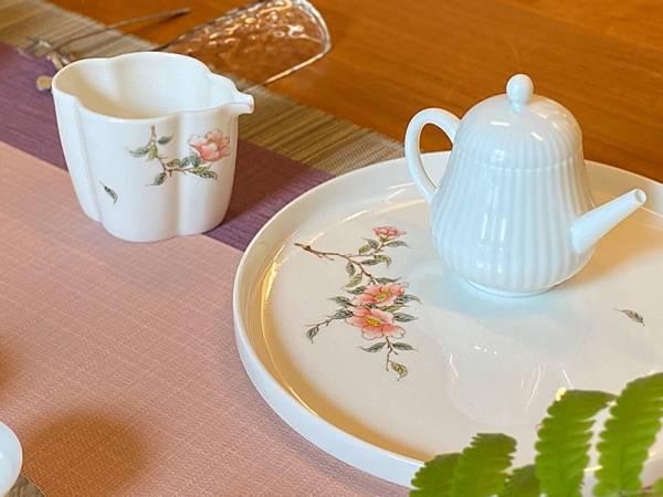 手繪花紋茶盅-2.jpg