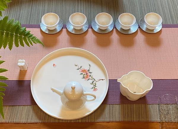 手繪山茶花瓷盤壺承-2.jpg