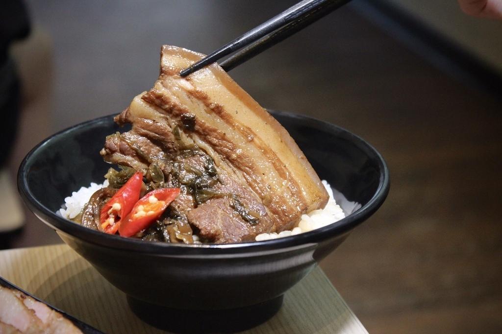 食家個人土雞鍋 (2).jpg