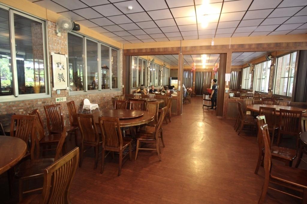 美濃美食餐廳老古的家庭園景觀餐廳 (26).jpg