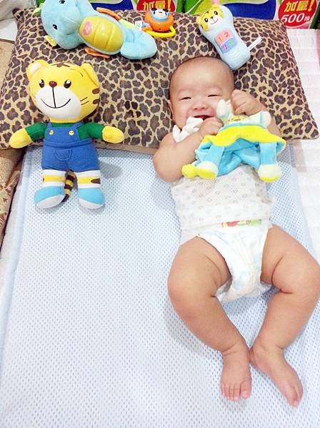 嬰兒床空氣軟墊 (14).jpg