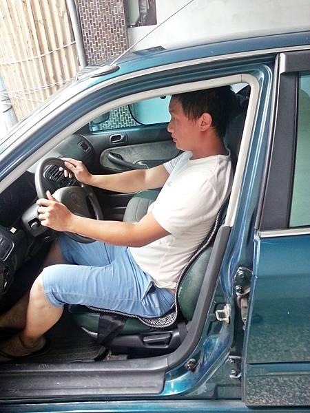 舒適型節能汽車透氣坐墊 (9).jpg
