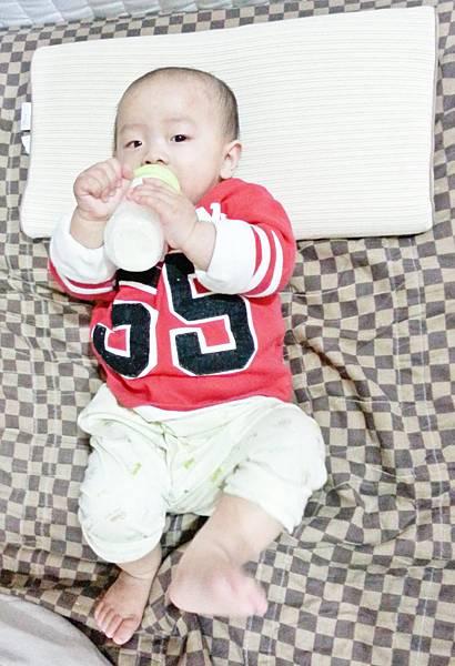 10 days for kids  水洗透氣嬰兒枕 (2).jpg