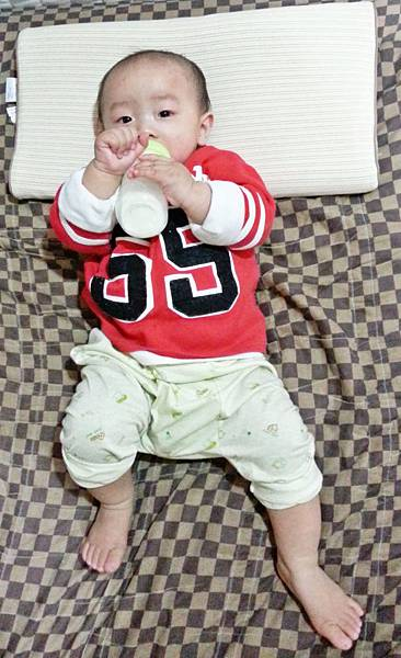10 days for kids  水洗透氣嬰兒枕 (3).jpg