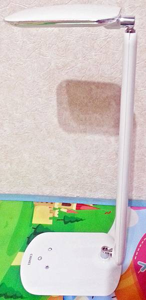 知視家LED護眼檯燈 KG680 (8).jpg