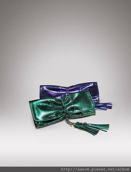 前)綠色蟒蛇皮編織皮帶裝飾手抓包 $84000 後)同款.jpg