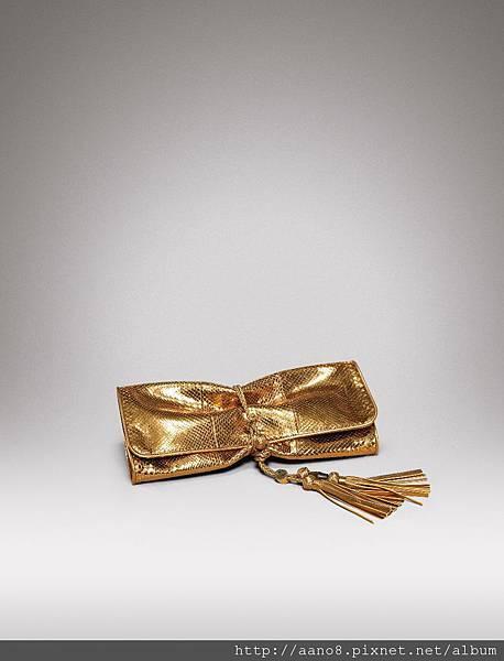 金色蟒蛇皮編織皮帶裝飾手抓包 $84000.jpg