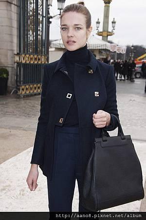 Natalia+Vodianova+Valentino+Arrivals+Paris+J2UvR3-JUBWl