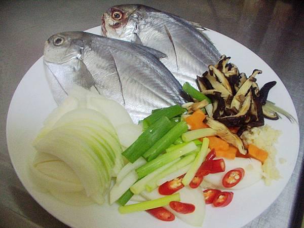 紅燒肉鯧魚 (1)