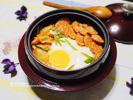 韓式泡菜香腸石鍋拌飯 (14)