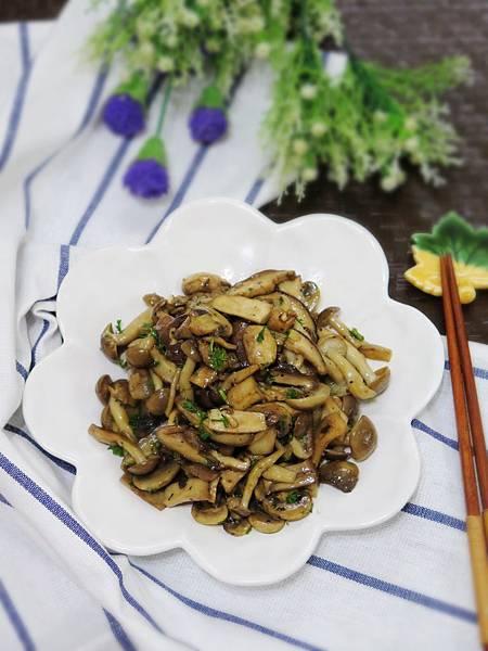 《ACAIA希臘特級初榨冷壓橄欖油》~夏季輕食油醋菌菇