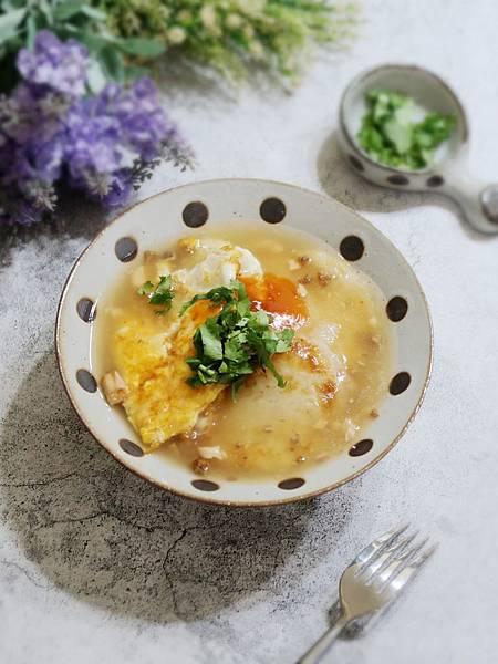 台南在地隱藏版美食~《肉粿、煎粿》