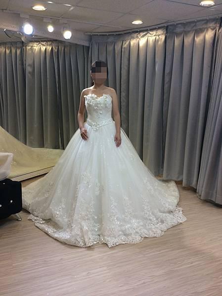 禮服出租 推薦:婚紗工作室