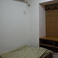 dorm2_07.jpg