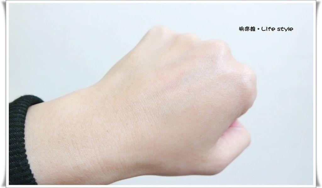 SOFINA iP土台美容液 8.jpg