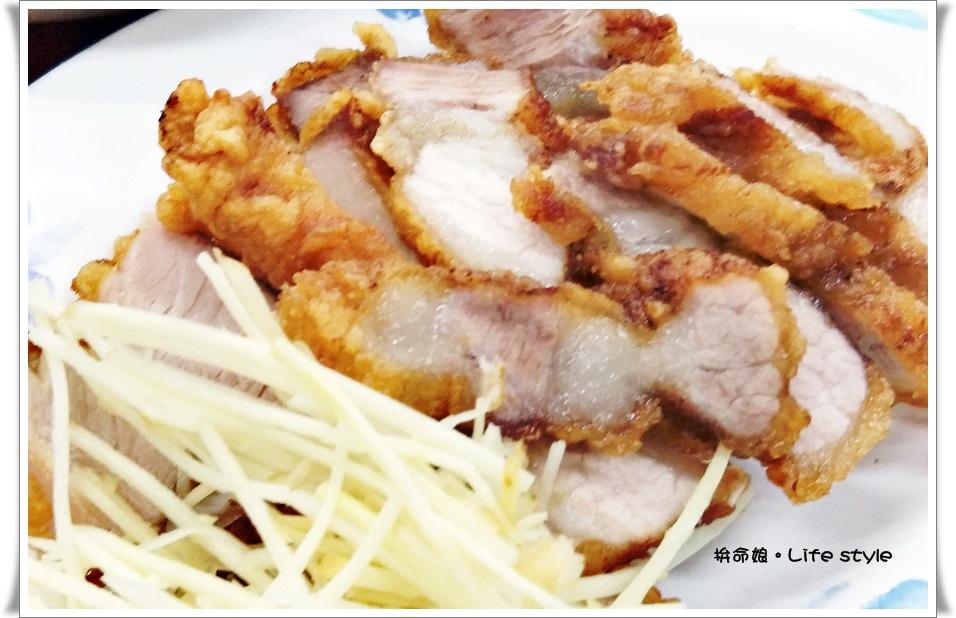 五股成蘆橋下原味 雞捲 滷肉飯 燒肉便當 3.jpg