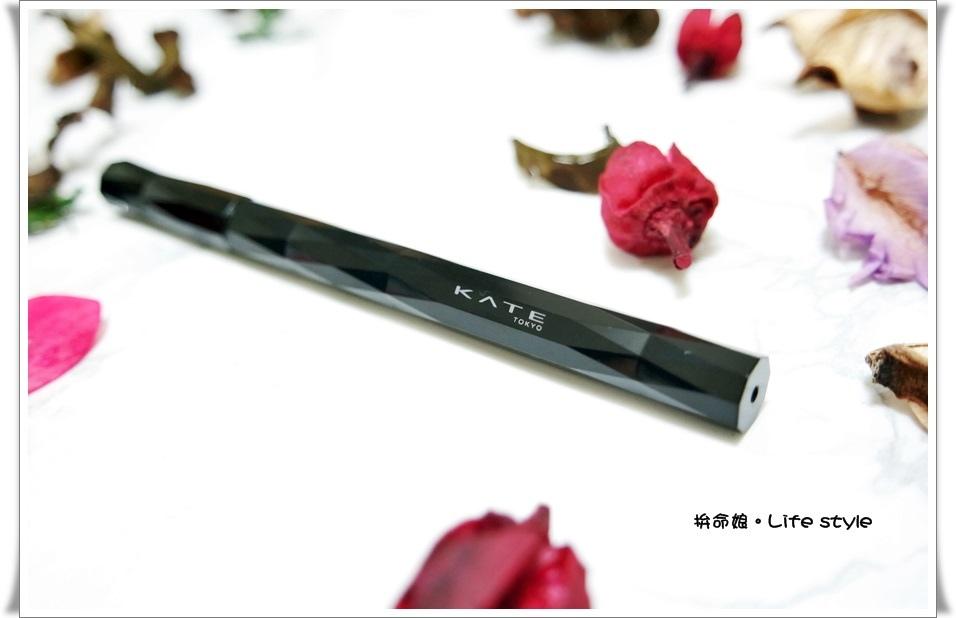 KATE 進化版持久液體眼線筆3.jpg