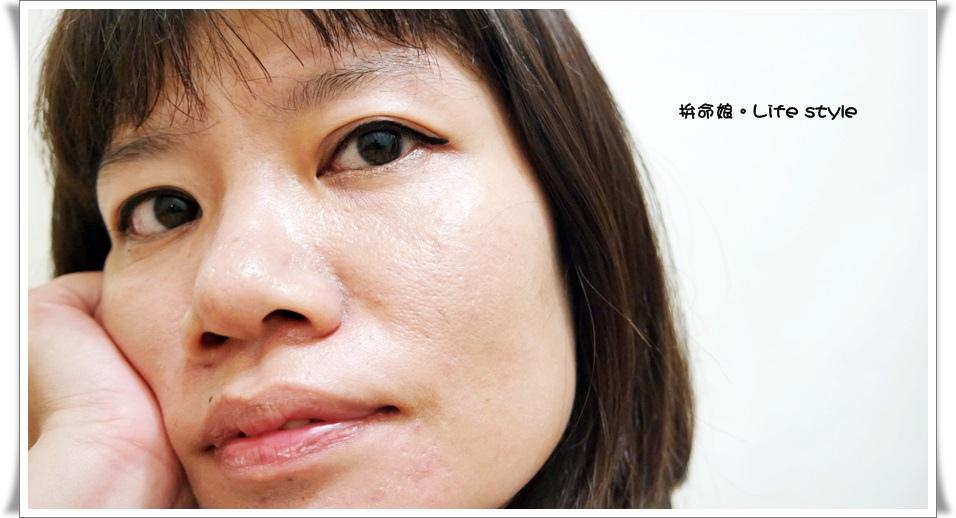 KATE 進化版持久液體眼線筆11.jpg