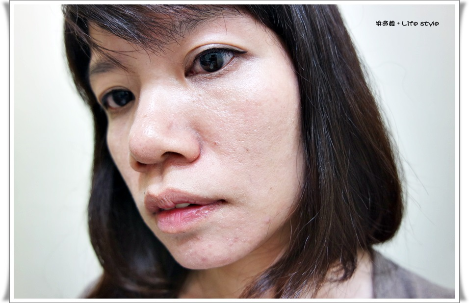 INTEGRATE 迷人光采粉底精華 OC10明亮色11.jpg