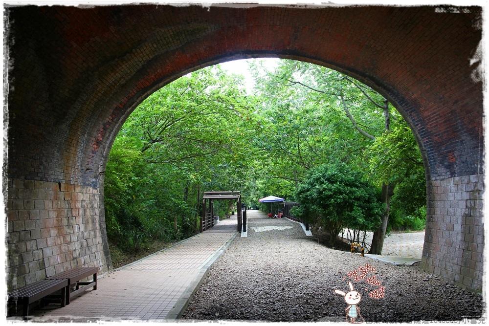 苗栗崎頂子母隧道1040605y小雪兒IMG_9276.JPG