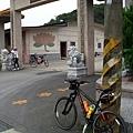2011陽金P字山道012.JPG