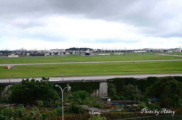 嘉手納空軍基地 (1).JPG