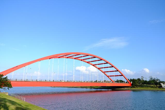宜蘭冬山河親水公園冬山河大橋