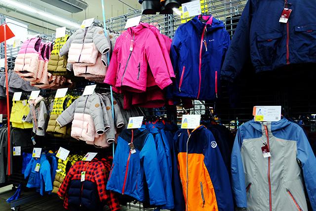 平價兒童房含防水外套