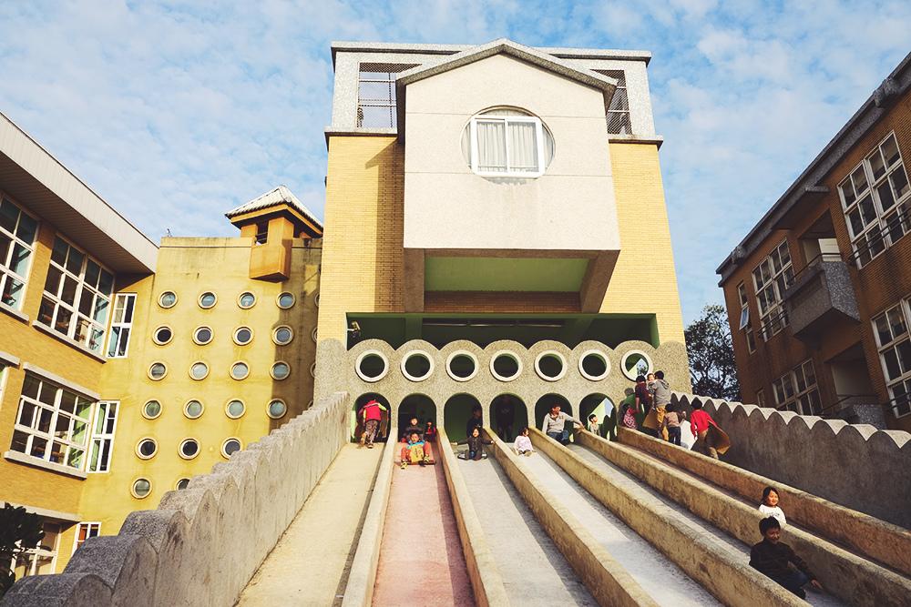 新竹陽光國小溜滑梯超長超大