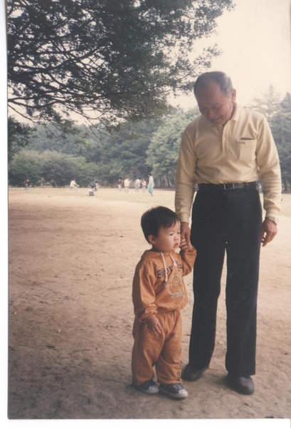 老爸與最愛的小QQ.jpg