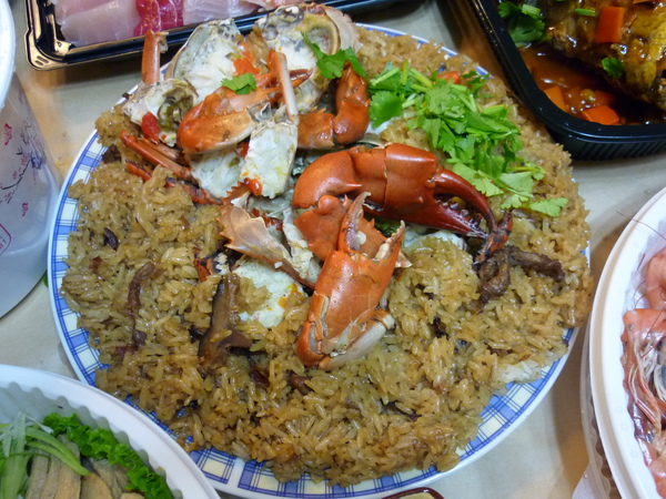 上面的螃蟹很新鮮,好吃.JPG