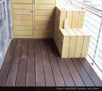 陽台塑木地板3.jpg